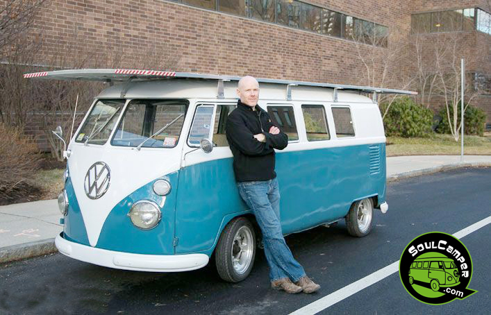 Desarrollan una VW Kombi impulsada por energía solar