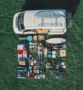 3_VW-camper-van-couple-traveling