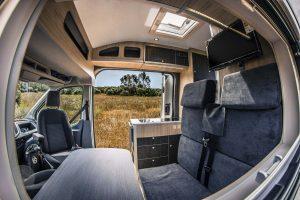 Camperización Ford Transit Batalla Media – Techo alto