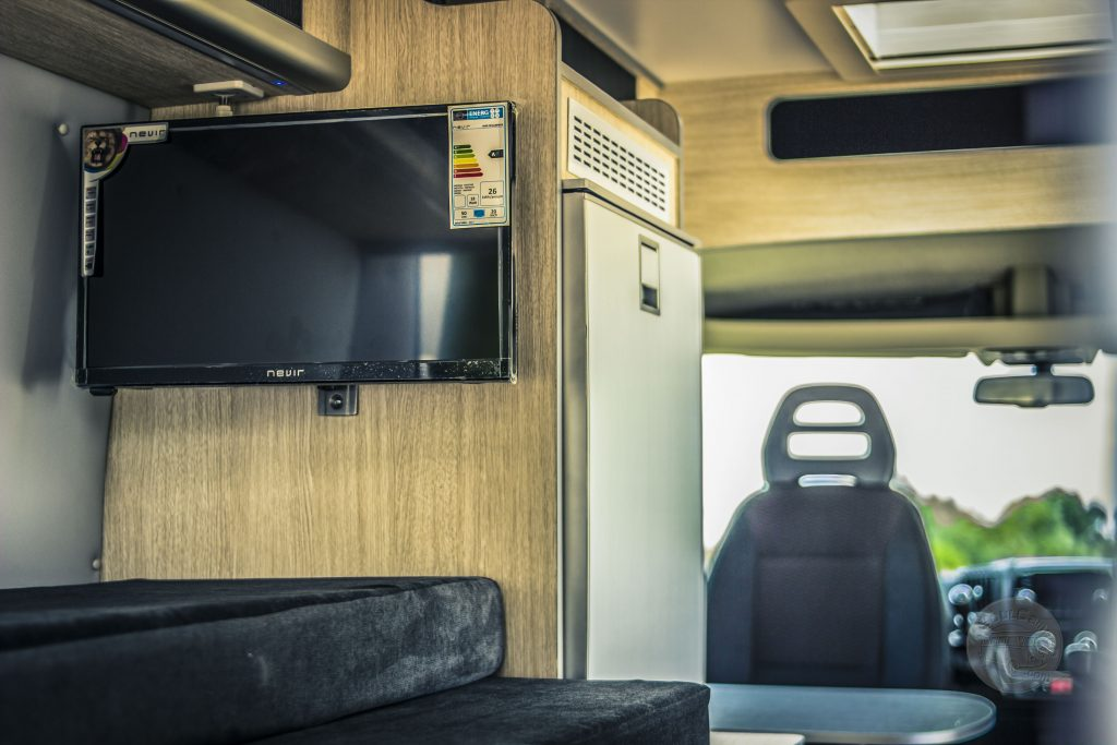 tv en camper