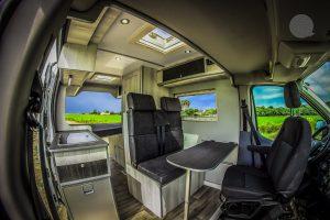Camperización Ford Transit Batalla Corta – Techo Medio