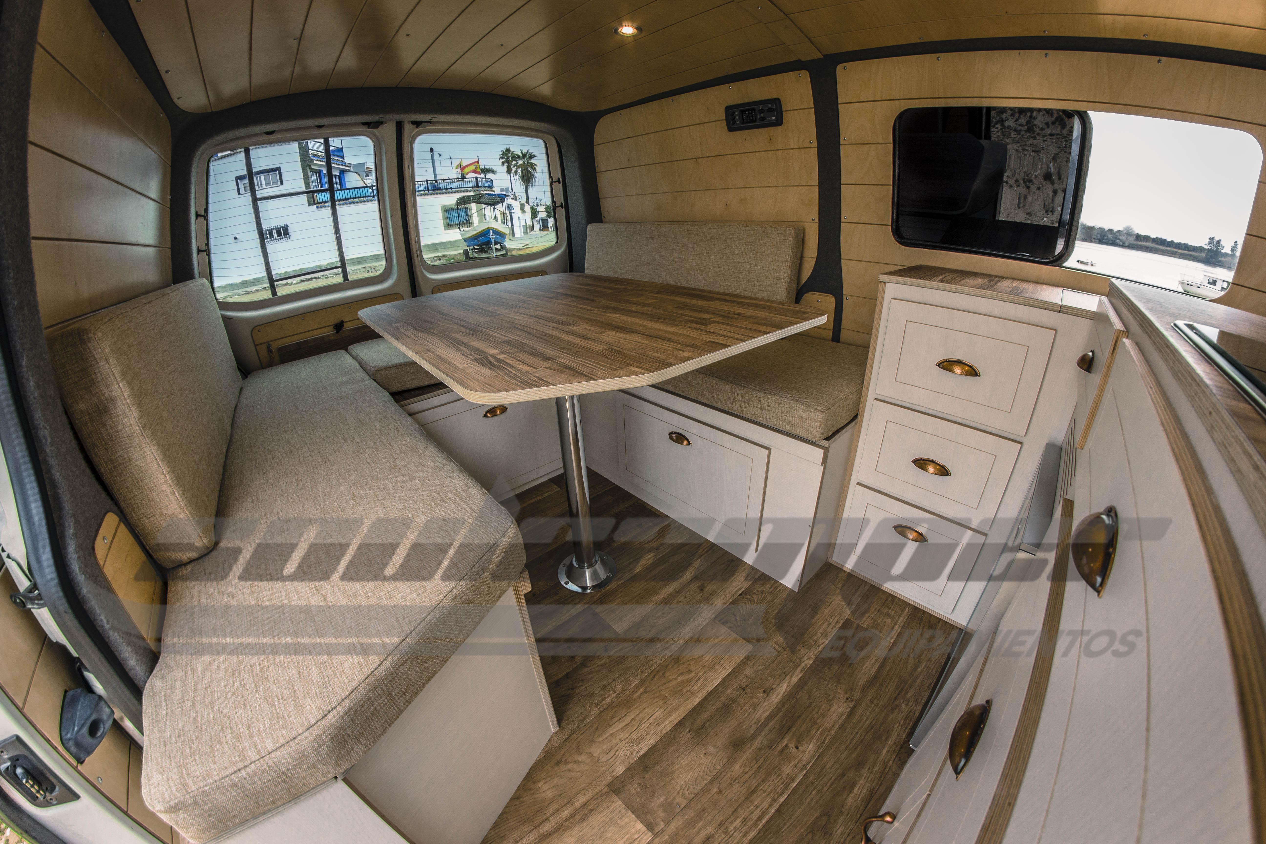 Camperización Transporter T5 VanLife Style